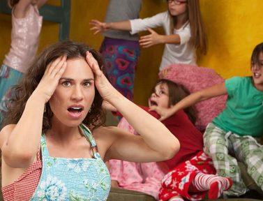 자식을 미워하는 엄마: 내 아이들은 나의 생명력을 빼앗는 불한당?